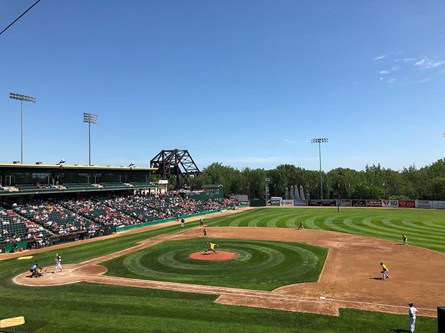 Gorgeous day to be cheering on the Goldeyes! ⚾️ . . #takemeouttotheballgame #winnipeg #winnipegbusiness #winnipegbiz #exchangedistrict #companyculture #hrlife #gsd